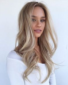 Beige Blonde Balayage  - 20 Beautiful Winter Hair Color Ideas for Blondes - Photos