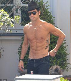 Justin Theroux. Yum!