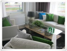 Love the coffee table! Sofa, Couch, Living Room, Table, Room Ideas, Furniture, Coffee, Home Decor, Kaffee