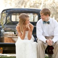 Southern wedding inspirations--Great Website! Great photo idea...