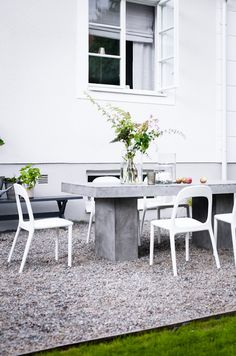 Gravel dining area