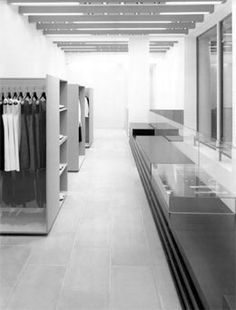 Sportmax store in Milan, Italy designed by Vincent Van Duysen Vincent Van Duysen, Space Fashion, Open Office, Retail Interior, Retail Therapy, Retail Design, Go Shopping, Cool Photos, Design Inspiration