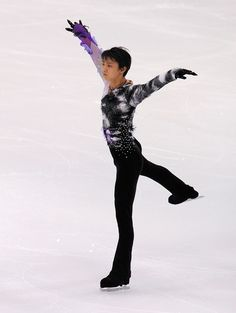 Yuzuru Hanyu Photos: Japan Figure Skating Championships - Day 2