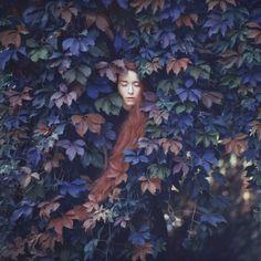 """Voici une très belle série de clichés intitulée """"Emotive Portraits"""" de la photographe ukrainienneOleg Oprisco."""