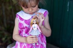 Lottie Dolls are inspired by and based on kids, relatable, empowering toys for girls and boys, celebrating childhood and encouraging kids to be themselves. I Party, Party Games, Steam Toys, Toys For Girls, Coloring Pages For Kids, Doll Accessories, Girl Birthday, Lego, Dolls