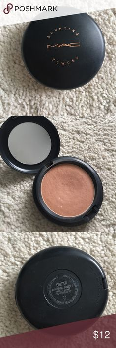 Golden✨Mac Bronzer Mac bronzing powder in the shade Golden. Wasn't right for my skin tone, used maybe 2 or 3 times MAC Cosmetics Makeup Bronzer