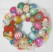 "Image of Sparklin' Rudolph Vintage Christmas Ornaments Shiny & Brite Wreath - 15"" diameter"