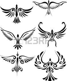 Tatuaje tribal de ave  photo