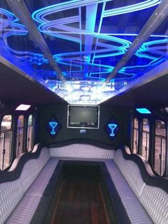 Limousine Interior, Bus Interior, Party Bus For Sale, Bus Times, Hummer Limo, Limo Party, Mercedes Van, Buses For Sale, Mobile Business