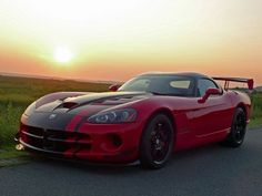 Nice Cars sports 2017: Dodge Viper Sports Car  Sexy cars Check more at http://autoboard.pro/2017/2017/04/11/cars-sports-2017-dodge-viper-sports-car-sexy-cars/