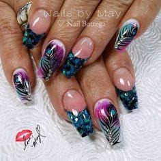 """#nailsbymay #notpolish #allacrylics #freehandarts #nailjunkies #nailbottega #mercednails #handpainted"""