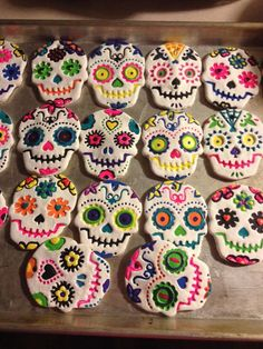 10 Easy and Cheap Salt Dough Ornament Ideas for Your Holiday Moments - Valentinstag Dekoration Salt Dough Projects, Salt Dough Crafts, Salt Dough Ornaments, Homemade Ornaments, Clay Ornaments, Halloween Crafts, Holiday Crafts, Holiday Ideas, Sugar Skull Crafts
