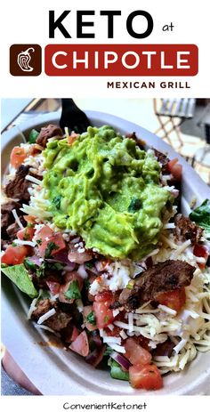 Ordering keto at Chipotle could not be any EASIER! They even have a new nutrition counting tool that makes counting macros SO EASY! That being said check out our guide to ordering keto at Chipotle in Ketogenic Diet Food List, Keto Food List, Diet Foods, Food Lists, Fast Healthy Meals, Healthy Recipes, Guacamole, Low Carb At Restaurants, Keto Friendly Restaurants