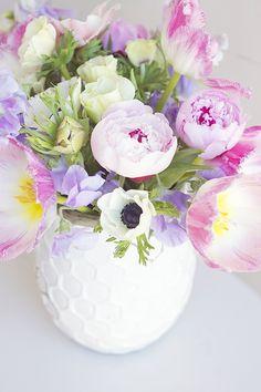 Michaela Noelle Designs: At Home Spring Flower Bouquet
