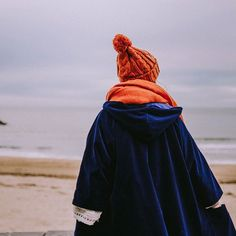 When a carrot met the cookie monster 🌽 link in bio🙌 tailor tailorclothing.tumblr.com 📷 @crisarbizzu Cookie Monster, Carrot, Winter Hats, Velvet, Link, Clothing, Cotton, Shopping, Collection