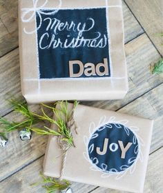 Chalkboard label gift wrapping made with blackboard paint on Kraft paper