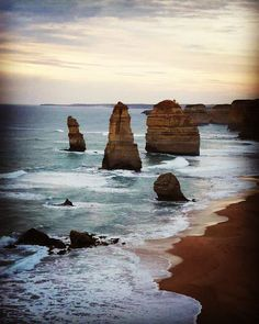 12 Apostels  #12apostles #australien #australia #victoria #greatoceanroad #journeyoflife #traveltheworld #youjustliveonce #lifealiveyouwillremember #rudi #mitsubishi #delica #4x4 #drivingtheworld #sunset #beautifulplaces #pinguin #earth #earthporn by team_rosa_13 http://ift.tt/1ijk11S
