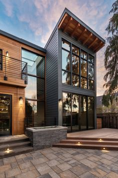 Winder Gibson Architects, San Francisco, CA. Residential Architecture, Modern Architecture, Home Design Decor, House Design, Facade House, House Facades, San Francisco, Built In Microwave, Parade Of Homes