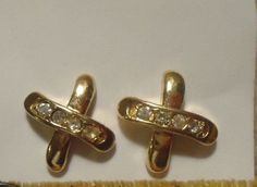 Avon Gold Tone Sparkle Kiss Earrings with Rhinestones with box #Avon