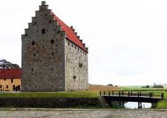 Glimmingehus, situated in the county of Skåne in southern Sweden, is the best-preserved medieval manor in Scandinavia. Un des lieux de passage de Nils Holgersson.
