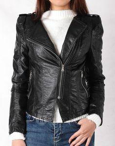 Hằng Jeans - Áo khoác da nữ màu đen ôm dáng sành điệu 8760-02. Giá: 859.000 đ