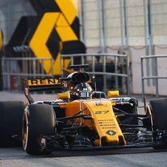 "284 Likes, 1 Comments - F1 photos every day!💪 (@epic_grandprix) on Instagram: ""Nice car 😌 #Renault #Renaultf1team #renaultsport #NicoHulkenberg #Hulkenberg #NH27 #Barcelona…"""