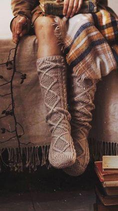 Herbst Bucket List, Vintage Bohemian, Boho, Autumn Cozy, Autumn Aesthetic, Gothic Accessories, Best Seasons, Foto Pose, Mode Inspiration