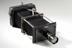 Contessa Nettel Deckrullo, 10x15cm, telephoto version, leather covered wood body, black leather bellows and matching extension bellows with Busch Bis-Telar Ser.II 7.5/340mm telephoto lens