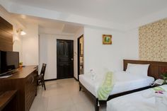 Book Superior Twin Room Amphoe Kathu in $30, Chang Wat Phuket, Thailand