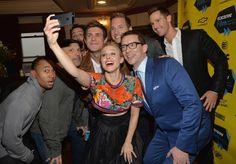Kristen Bell, Enrico Colantoni, Jason Dohring, Rob Thomas, Ryan Hansen and Chris Lowell at event of Veronica Mars (2014)