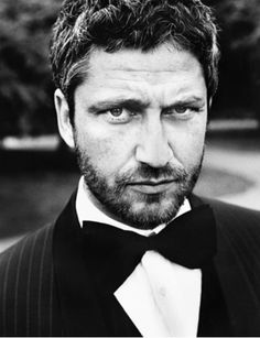 A Nice Little Tumblr  Gerard Butler |Pinned from PinTo for iPad|