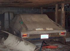 Junkyard Life: Classic Cars, Muscle Cars, Barn finds, Hot rods and part news: 1970 Chevelle SS barn find
