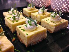 Västerbotten-juustopiiras | Gurmee.net Feta, Mashed Potatoes, Cheesecake, Dairy, Tapas, Baking, Ethnic Recipes, Desserts, Christmas