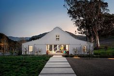 Sonoma County #Residence by Turnbull Griffin Haesloop - #home #house #interiordesign #design #HomeDecoration #decorating #interiordecorating #idea