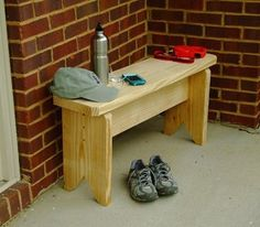 Neat Little Project: Create a Simple Entry Bench from Houzz.com