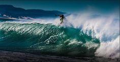 Huge Floatter / Remi Petersen / Pro Surfer / South Africa.