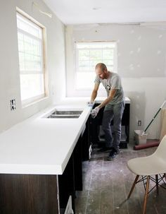 Supreme Kitchen Remodeling Choosing Your New Kitchen Countertops Ideas. Mind Blowing Kitchen Remodeling Choosing Your New Kitchen Countertops Ideas. Polished Concrete Countertops, Diy Countertops, Concrete Countertops Bathroom, Concrete Floor Diy, Concrete Worktop Kitchen, White Countertop Kitchen, White Laminate Countertops, Plywood Countertop, Handmade Home Decor