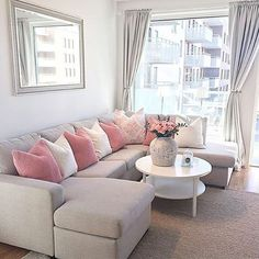 Having small living room can be one of all your problem about decoration home. To solve that, you will create the illusion of a larger space and painting your small living room with bright colors c… Living Room Grey, Small Living Rooms, Living Room Modern, Home Living Room, Apartment Living, Interior Design Living Room, Living Room Designs, Living Room Furniture, Apartment Design