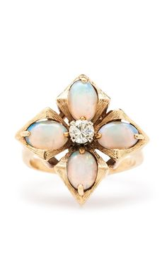 Vintage opal ring - I own not one of my birthstones after my break in. MUST find an excuse to get an opal back on my fingers.