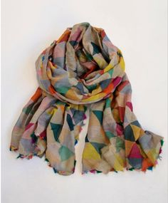 Colourful print scarf / wrap |