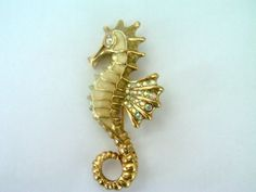 Vintage Seahorse Brooch / Pin / Nautical Jewelry / Nautical Brooch / Pin / Seahorse Jewelry / Rhinestone Brooch / Pin / Free Shipping! by TamJewelryandUniques on Etsy