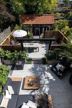 Outdoor Garden Bar, Backyard Garden Design, Terrace Garden, Backyard Patio, Backyard Landscaping, Outdoor Gardens, Garden Gate, Garden Bed, Style Bali