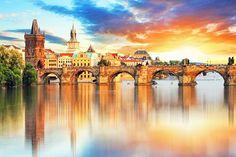 3 Tage im 4*GreenYacht Hotel #Travador #Prag #Tschechien #sunset #citytrip #bootfahrt #wellness #gutschein #wasser #yacht #architektur #kultur #stadtreise #fun #shopping #prage #travadorreisen