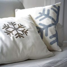 DIY Winter Wonderland Snowflake Pillows and Pattern: http://www.bhg.com/christmas/decorating/better-homes-and-gardens-holiday-workbook/#