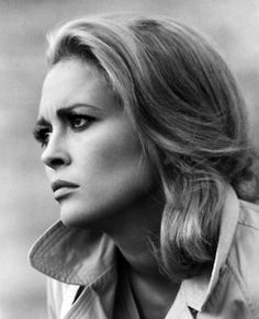 Faye Dunaway Apparently I am intrigued by blonde classic hollywood beauties even though I am Asian