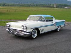 1958 Pontiac Bonneville Fuel Injected Sport Coupe