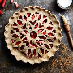 https://thefeedfeed.com/piecrust/jojoromancer/strawberry-lime-and-cardamom-pie