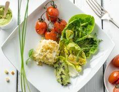 Salatherzen mit Ofen-Paradeisern, Avocado und Ziegenkäse Guacamole, Cabbage, Low Carb, Vegetables, Food, Salads, Vegetarian Recipes, Essen, Cabbages