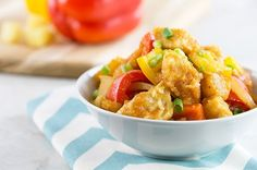 Baked Sweet & Sour Chicken (without rice this is less then 300 calories per serving! 400 Calorie Dinner, Dinner Under 300 Calories, Low Cal Dinner, Low Calorie Dinners, No Calorie Foods, Low Calorie Recipes, Diet Recipes, Chicken Recipes, Cooking Recipes
