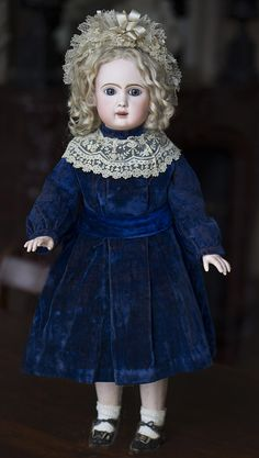 Antique French Bisque Bebe Steiner,Figure A,with Keywind Walking Mechanism Antique dolls at Respectfulbear.com